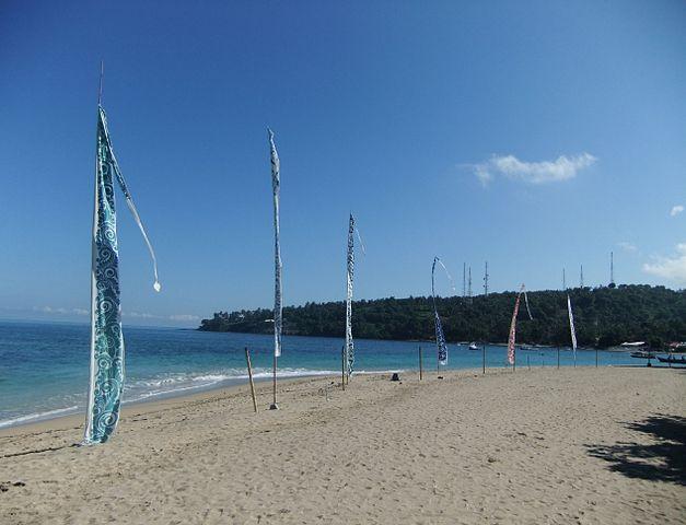 Tepi Laut Senggigi Lombok