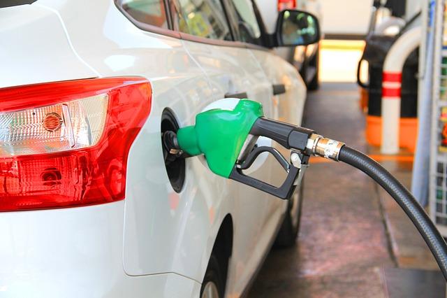 Rental Mobil Solo Santana - Ketahui Perbedaan Biosolar dengan Solar