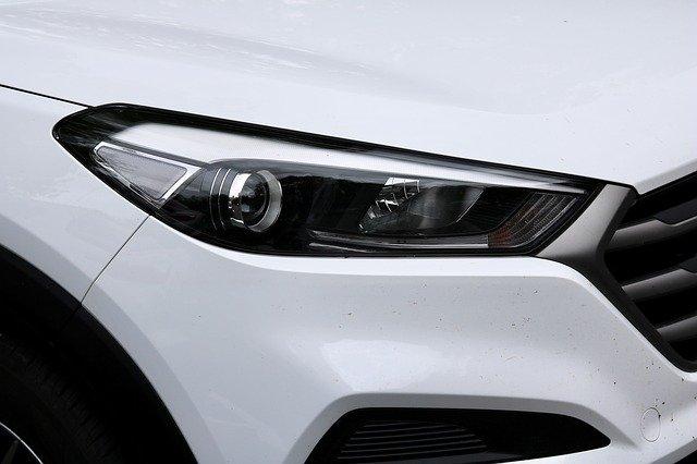 Rental Mobil Santana Solo - Tips Memilih Lampu LED Mobil