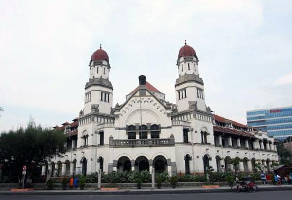 Jelajah Wisata Lawang Sewu Kota Semarang
