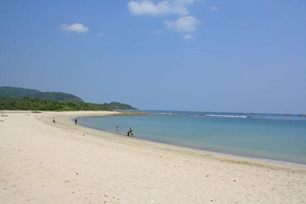 Pantai Carita Pandeglang Banten